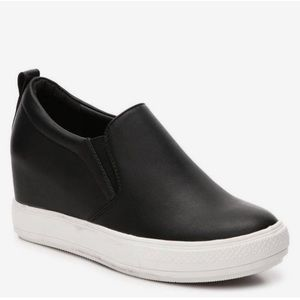 Wanted Stowe Wedge Slip On Sneaker size 8